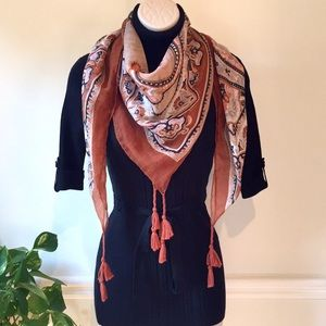 Accessories - SCARF PAISLEY BROWN RUST GRAY TASSELS FALL WINTER